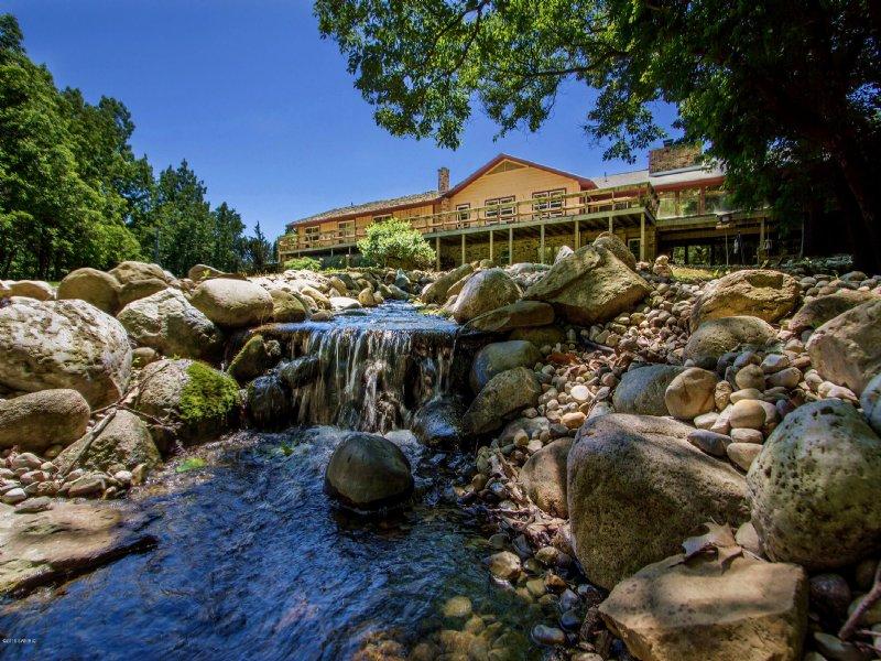 Hunting Lodge Or Corporate Retreat : Sturgis : Saint Joseph County : Michigan