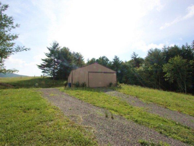 Horse Property W/ View : Elk Creek : Grayson County : Virginia