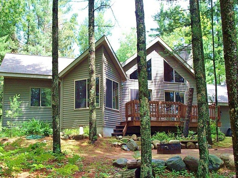 Curtis Lake Home : Minocqua : Oneida County : Wisconsin
