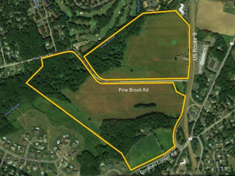 135+/- Acres Preserved Farmland : Manalapan : Monmouth County : New Jersey