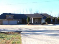 Amazing Home On 6.9 Acres : Bruceton : Carroll County : Tennessee