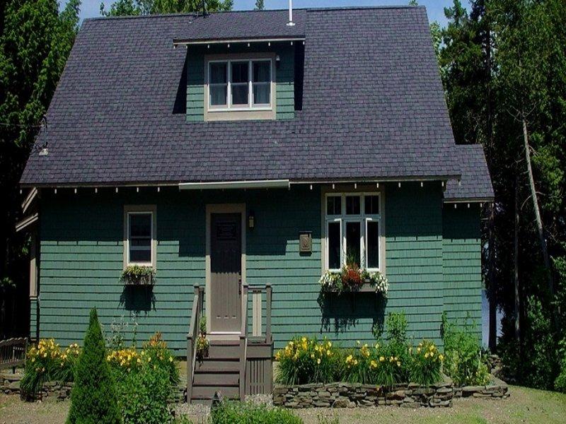 Junior Lake Custom Built Home : Lakeville : Penobscot County : Maine