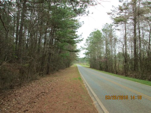 Howard Roberts Road : Gray : Jones County : Georgia