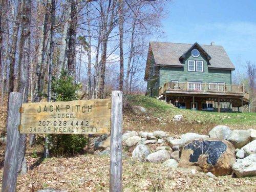Jackman Pitch Bear Hunting Lodge : Highland Plantation : Somerset County : Maine