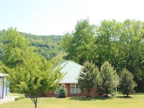 On The White River : Eureka Springs : Carroll County : Arkansas