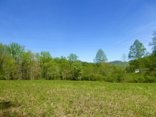 Mountain Views, Open Meadow Land : Dillard : Rabun County : Georgia