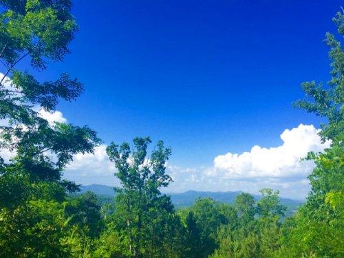 Layered, Blue Mountain Views : Lakemont : Rabun County : Georgia