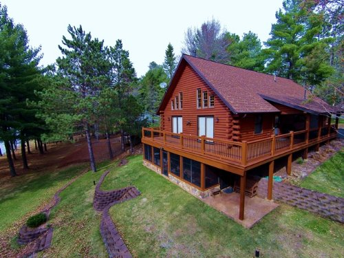 Wisconsin River Log Home 6.43 Ac : Lake Tomahawk : Oneida County : Wisconsin