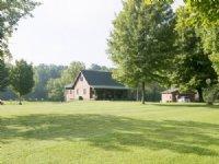 Log Cabin On 13+ Acres