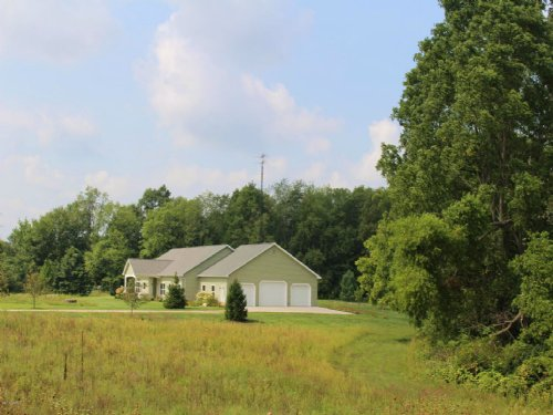 Beautiful Country Home : Cassopolis : Cass County : Michigan