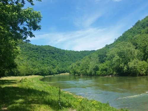 Picture Postcard Panorama : Tazewell : Hancock County : Tennessee